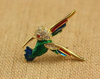 Gold and Rhinestone Hummingbird Brooch - Vintage Costume Jewelry