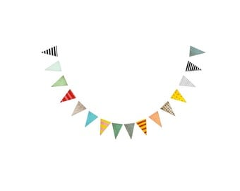 Rupydetequila burlap garland , triangle flags bunting