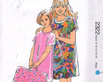 Kwik Sew 2322 Girls Nightgown and Take Along Pillowcase Pattern Sleepshirt Child Teen Sewing Pattern Size 8 10 12 14 16 Breast 27 - 34 UNCUT