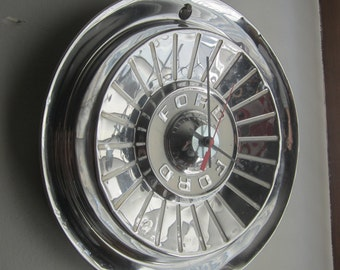 1957 Ford T-Bird-Galaxie Hubcap Clock No.2366