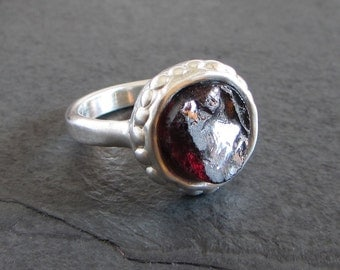 Sterling silver and rough garnet ring // size 8 / statement ring / rough stone ring / ancient ring / solitaire ring / boho ring