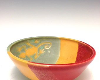 Reggae Gecko Bowl: Rasta Red Gold and Green Single Serving Bowl