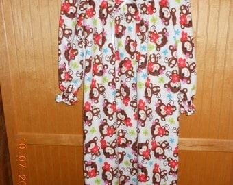 Size 8 girls nightgown monkey