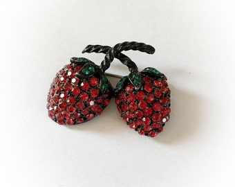 Vintage Weiss Strawberries Rhinestone Brooch