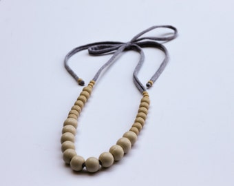 Necklace- Grey With Tan Wood Beads Necklace