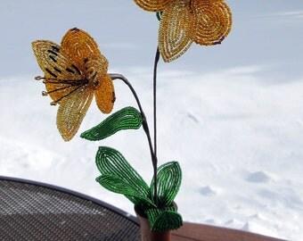 Alstromeria, gold - Dee's Beaded Flowers