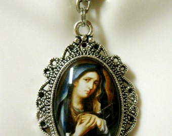 Our Lady of Sorrows pendant with chain - AP04-285