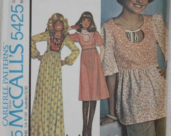 """Size 8 Bust 31.5"""" 70's Vintage McCall's Sewing Pattern 5425 Dress or Tunic with Keyhole Neckline"""
