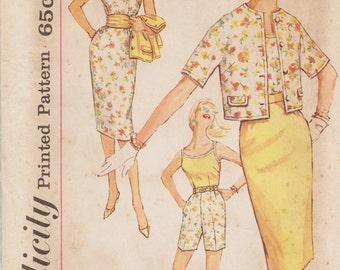 Vintage 60s Sewing Pattern / Simplicity 3478 / Summer Wardrobe Skirt Shorts Jacket Blouse / Size 16 Bust 36