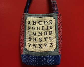 NOIR RACONTEUSE  quilted  tote bag handmade Tanzania textile Shweshwe french vintage FONT fabric