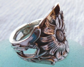 Antique Spoon Ring  Sterling Silver  Daisy   Size 8