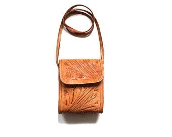 Vintage Tooled Purse / Mini Leather Purse / Tan Leather Bag / Mini Tooled Leather Purse