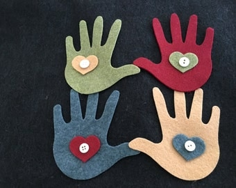 DIY Craft Kit-Felt Hands-DIY Primitive Felt Hands Christmas Ornaments-Craft Kits-Baby Ornament-Hands In Heart-Buttons-Primitive Appliques