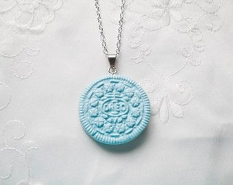 Blue Oreo Cookie Necklace, Cookie Necklace, Oreo Necklace, Kawaii, Sweet Lolita, Cute, Food Necklace, Polymer Clay, Pastel, Food Jewelry