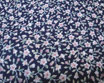 "45"" Wide 1995 Cotton Screen Print Flower Pattern Fabric / Navy Blue Pink Green / Victorian Style/ Quilting Fabric Sewing Home Decor S130"