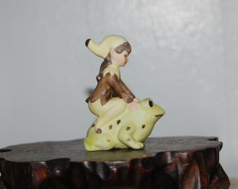 Josef Originals Porcelain Bisque Pixie / Elf Riding a Green Frog ~ Excellent Condition ~ 3rd of 13