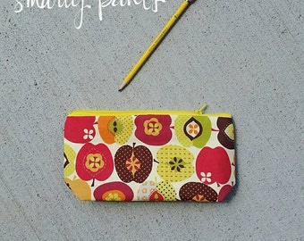 The Pencil Pouch -- Handmade -- Apples --- Back to School.