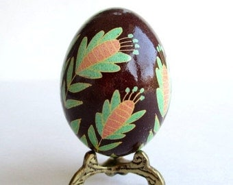 Pysanka Ukrainian Easter egg, decorated chicken egg