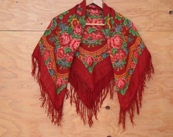 Vintage 70's Shawl Red Floral Russian Style Dramatic Gypsy Flare Fringe Detail S