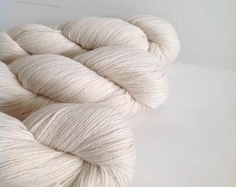 MERINO Wool YARN natural super soft 100gr