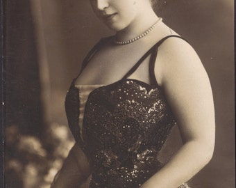 Sybille d'Artois, Stage Performer, in Sequined Gown, by Gerlach of Berlin, circa 1910.