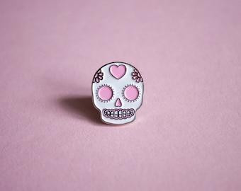 Sugar Skull Pin Brooch - Day of the Dead Lapel pin - Enamel Pink Skull - Mexican Dia de los muertos