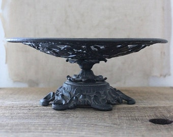 Vintage Iron Art Cast Iron footed bowl