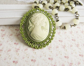 Green cameo necklace - beaded necklace - vintage style jewelry - gift for her - large pendant - Europe