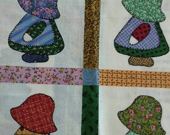 Sunbonnet Sue Mini Quilt or Small Wall Hanging  with Pillow Fabric Panel X0517