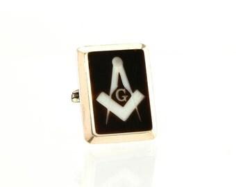 Antique Masonic Pin - Cameo & 10K Gold