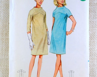 Butterick 4290 Vintage sewing pattern Dress high neck mod 1960s Mad Men Bust 34