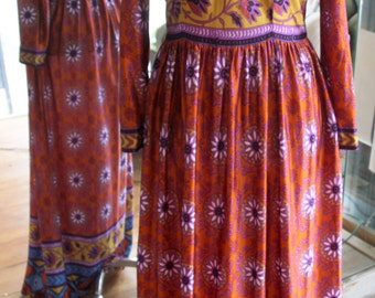 Vintage 1970s Flowered Maxi Dress