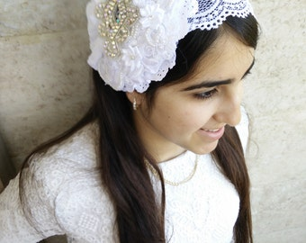 White studded bow unique haarband , applique hair headband