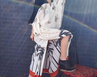 crane print kaftan caftan maxi gown festival resort dress hippie bohemian minimal chic maternity gypsy woman withy noir asian inspired dress
