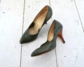 1950s Green Vitality Stiletto Heels, Size 6.5B
