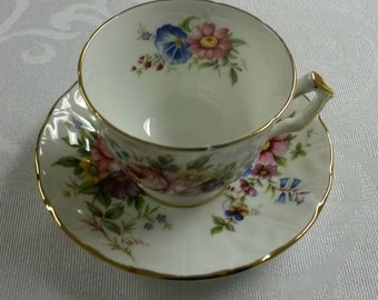 Aynsley Tea Cup and Saucer  circa 1950's  -843