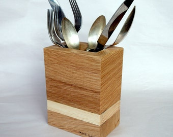 Reclaimed wood utensil holder, cutlery pot, spoon pot, kitchen aid, pen holder, pencil pot, storage container