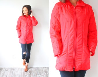 Vintage red coat // winter red jacket // warm puffy coat // winter red rain coat // red coat // bold red jacket // small women's jacket