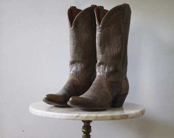 TAUPE Cowboy Boots - 7.5 8 Women's - Leather Snakeskin Brown - 1980s