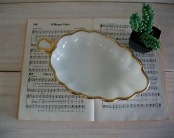White Milk Glass Leaf Dish with Gold Rim / Milk Glass Bowl / Milk Glass Candy Dish / Gold Rim White Milk Glass Dish