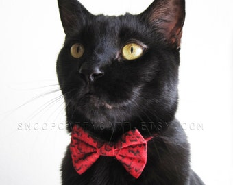 SALE!  Cat Bow Tie - Dexter the Blood Inspector - Halloween Cat Accessory