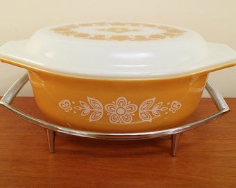 Corningware Chrome Pyrex Stand / Casserole Dish Trivet / Display Cradle P-11-M-1