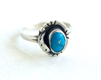 Mexican Turquoise Ring Size 9 .5 Vintage Sterling Silver Southwestern Boho Jewelry Made in Mexico