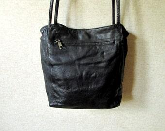 Crossbody Bag black leather bucket bag shoulder bag satchel saddle bag long strap purse minimalist handbag vintage 80s 90s Wilsons