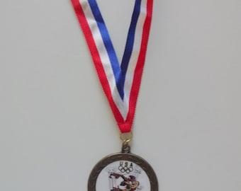 Vintage Looney Tunes Olympic Medal 1996