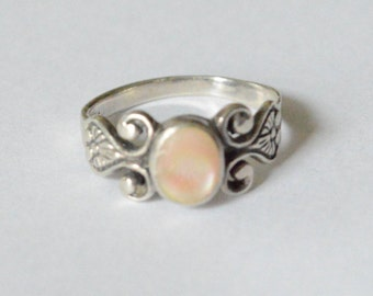 SALE Vintage Sterling Silver Pink Mother of Pearl CW Ring Southwestern Style Band Size 9