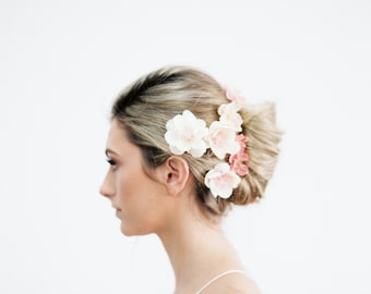 Ombre Blush Pink, Peach and Ivory Flower Clips