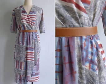 20% Off (Code In Shop) - Vintage 80's 'Stars & Stripes' Flying Flags Abstract Print Wrap Dress S or M