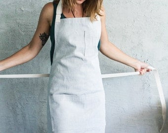 Oui Chef Restaurant Apron | Light Grey Denim