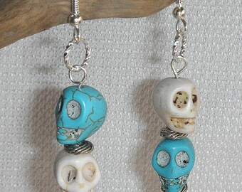 Halloween Earrings Turquoise & White Skull Pierced Dangle Earrings Ceramic Imitation Turquoise Skull Earrings for Avant Garde for Halloween